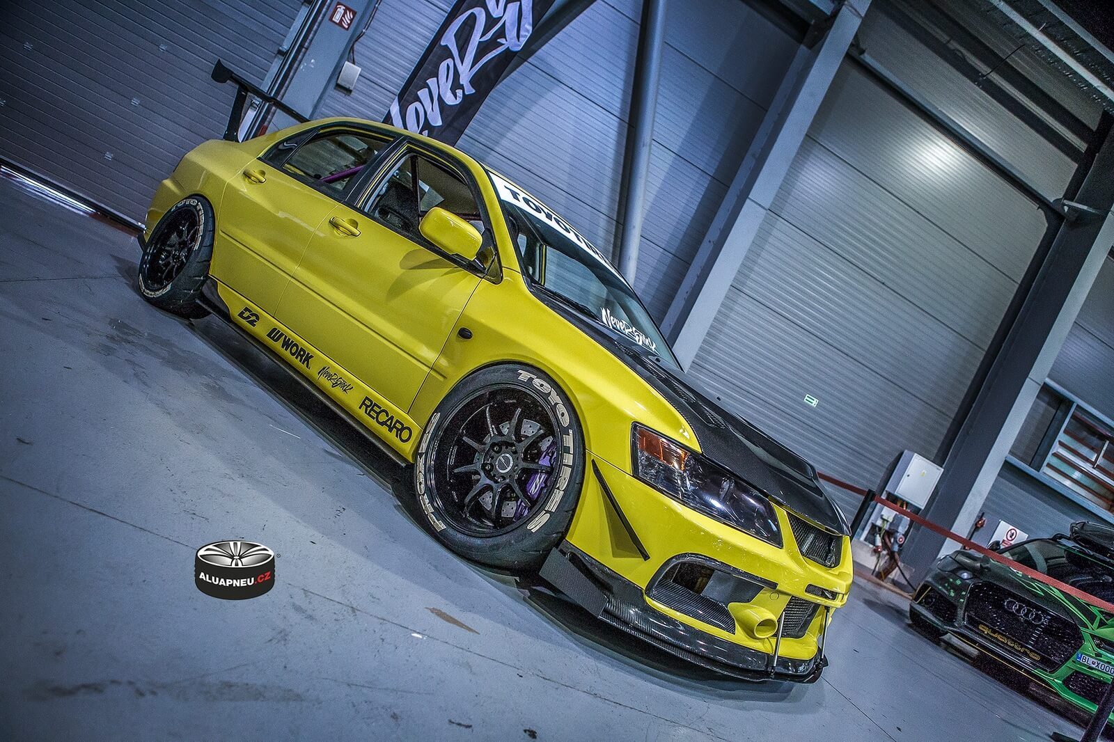 Alu kola Mitsubishi Evolution - tuning sraz Prague Car Fest