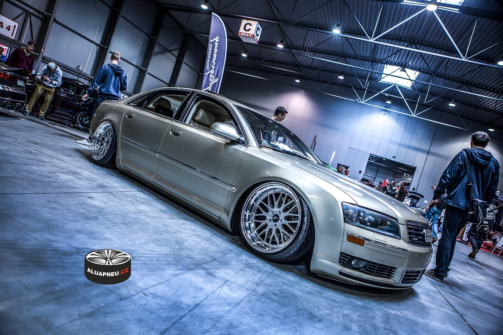 Alu kola Japan Racing Audi S8 - tuning sraz Escape 6