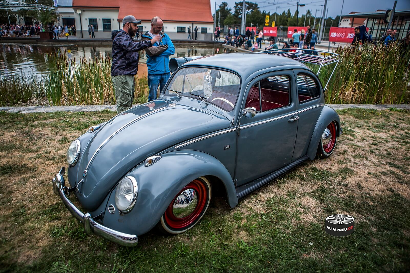 Disky Volkswagen Beetle tuning Xs Car Night Dresden